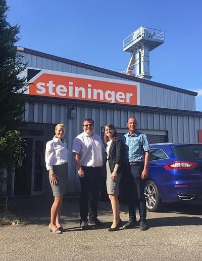 Politischer Besuch Im Pfinztal bei Steininiger