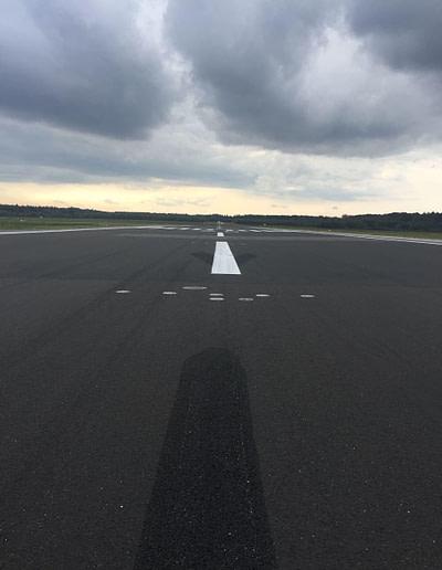 Für Sie Am Start - Flughafen Asphalt